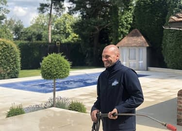 stone patio cleaning/patio cleaning services Feel the pressure UK, pressure washing service team member