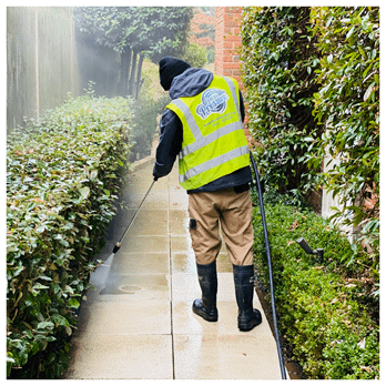 high pressure patio cleaning service